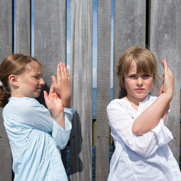 Yoga for børn og familier - skab ro
